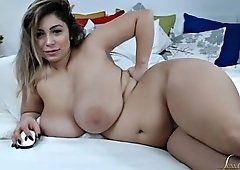 Romanian chubby mature playing her tattoo pussy on bed.