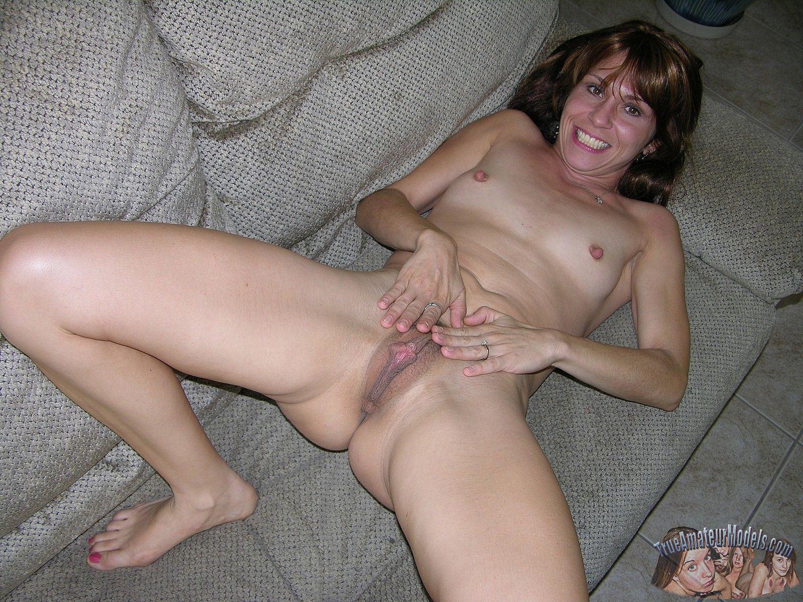 Rapunzel recommendet amateur topless models Mature