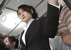 LB reccomend white japanese bus
