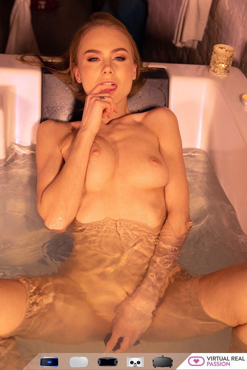 Jessica R. reccomend andrea nude