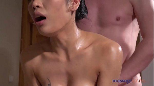 Erotic asian receiving erotic massage