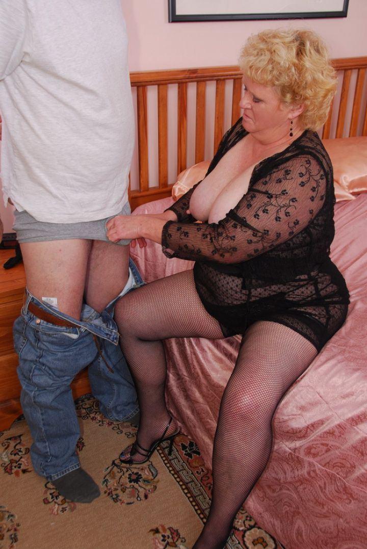 Barrel reccomend Mature old women nylon porn
