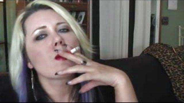 Snake reccomend lipstick smoking fetish