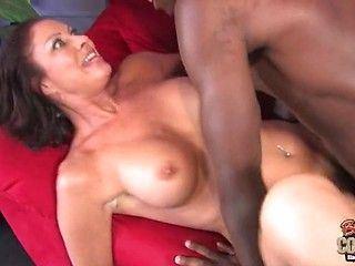 Cum in mom old pussy