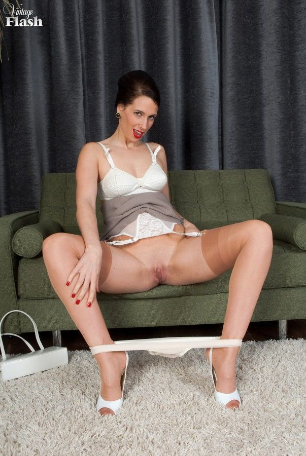 best of Flash Milf stockings