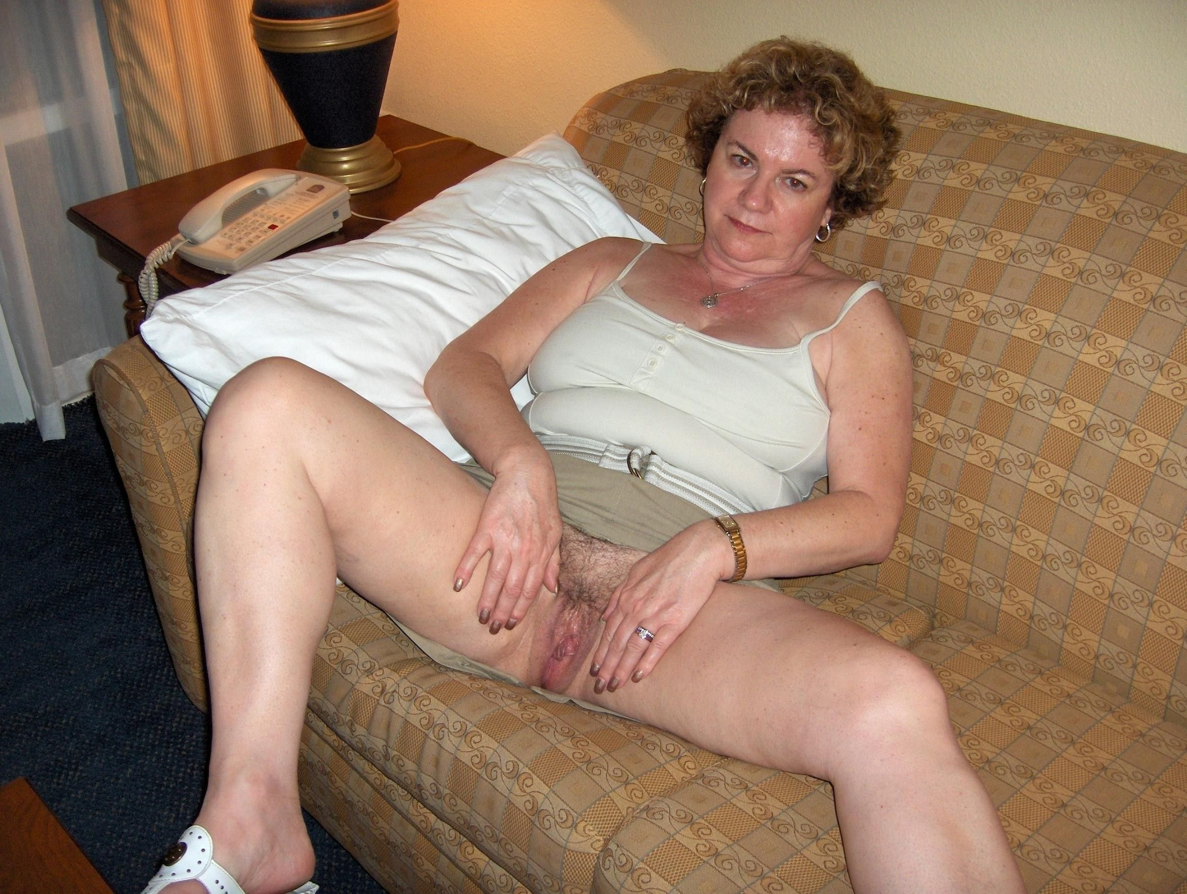 Alias recommendet nude photos Free housewife