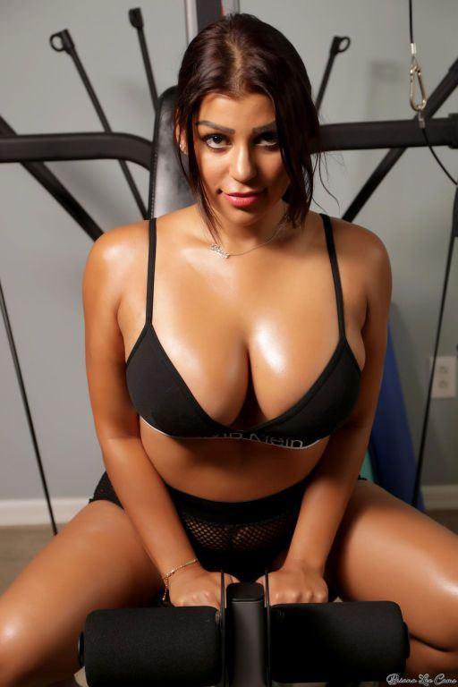 best of Nude hot in bra breast big tit