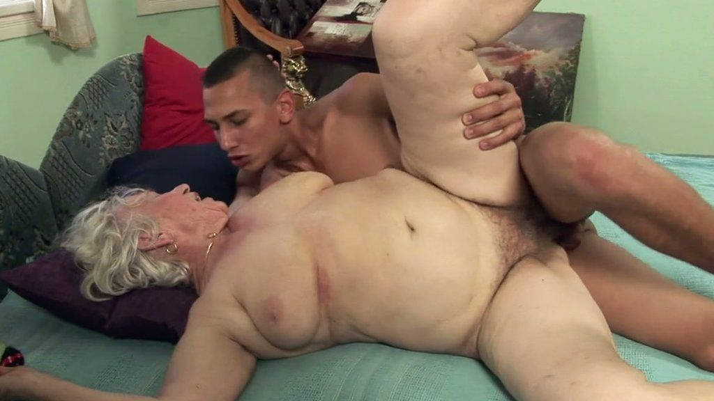 Mad D. reccomend LUBED Dripping Slippery Pussy POUNDED by big dick.
