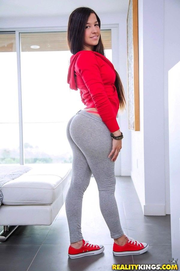 Bullwinkle reccomend Girl in red pants fucked