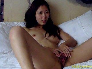 China hot milf naked