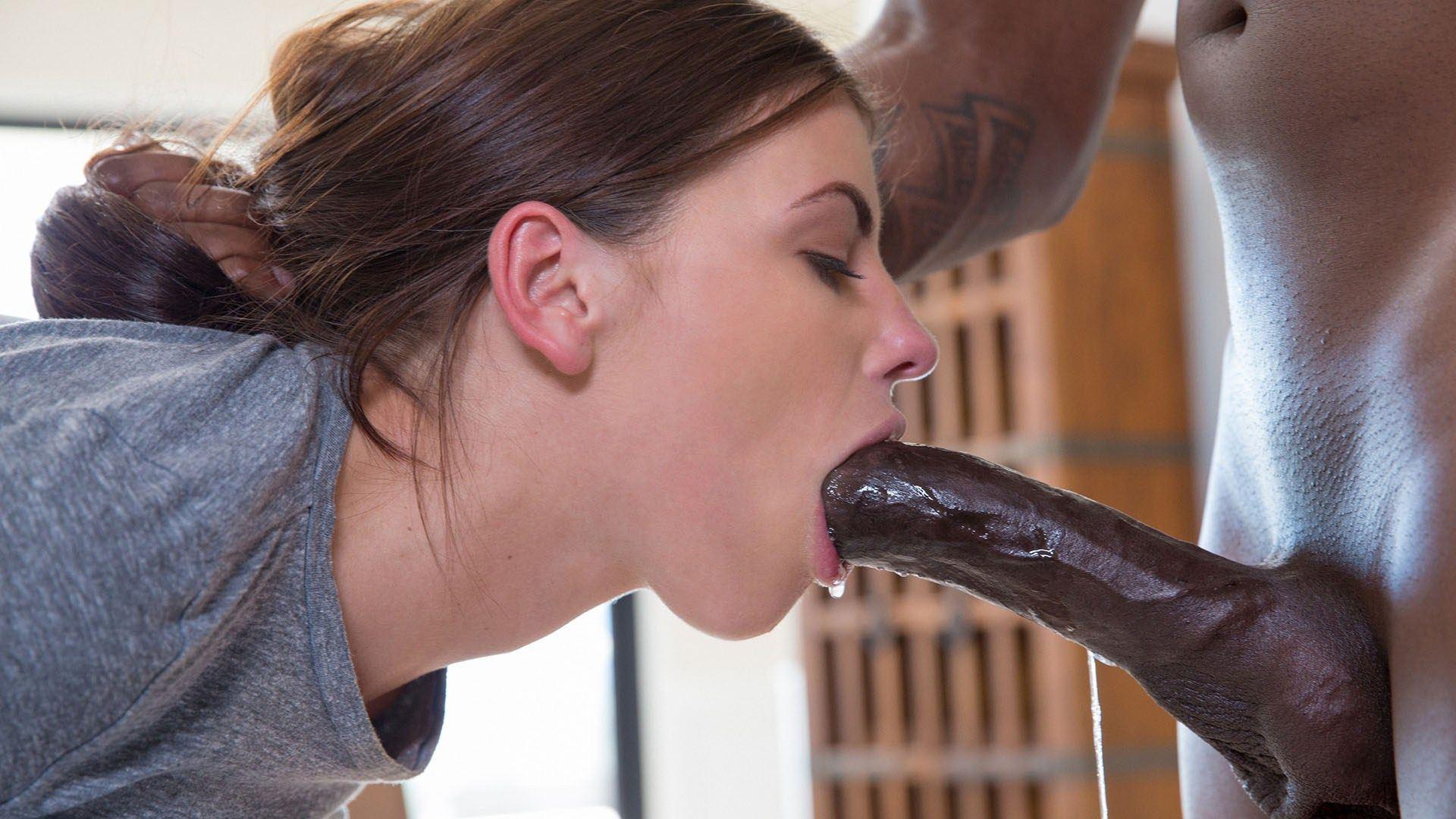 Queen C. reccomend deepthroat Make her
