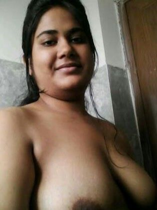 Hot bhabi big boobs pic