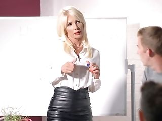 Leather juggs matures mov