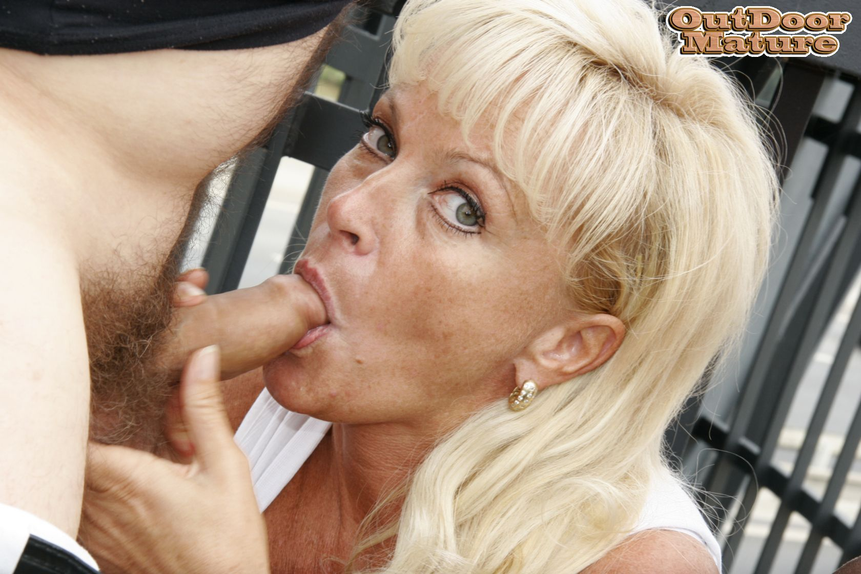 Blonde mature blowjob