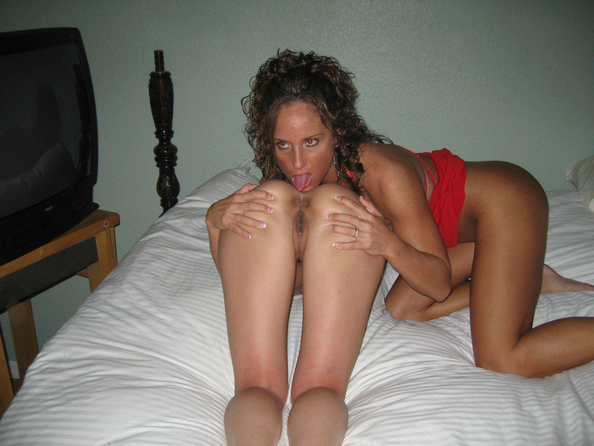 Canine reccomend Milf nude lesbian swinger pics