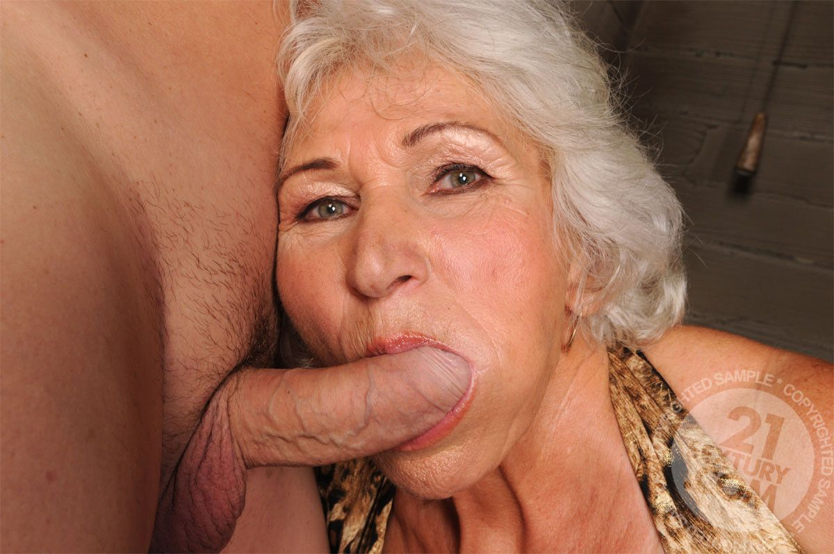 Mouse reccomend Really old lady blowjob