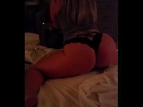 Bdsm twerking suck dick slowly