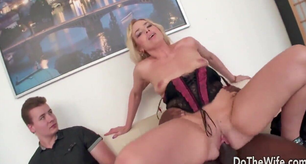 Huge black wife hot sex