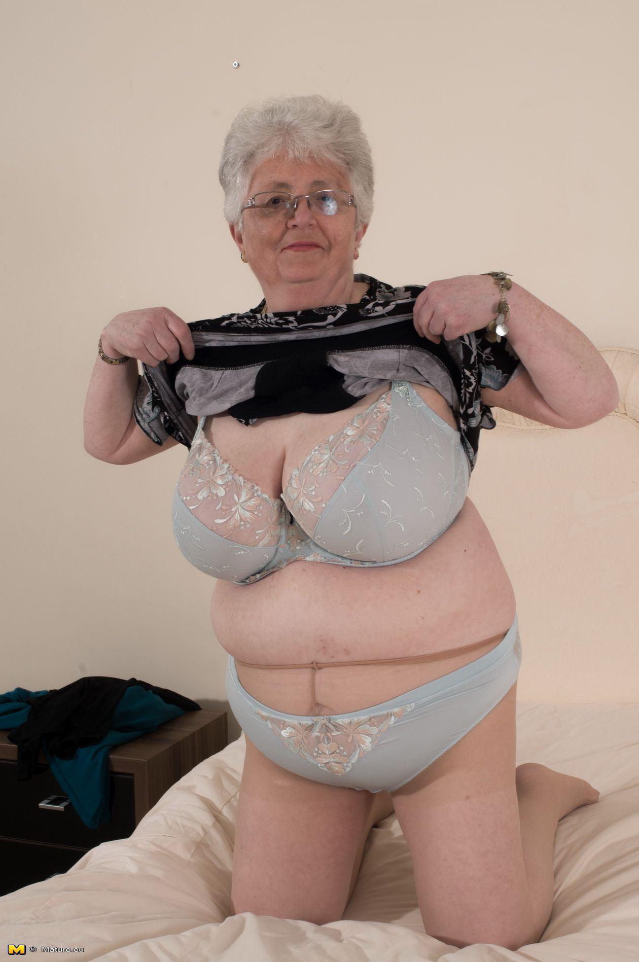 Shortbread recommendet british hot granny