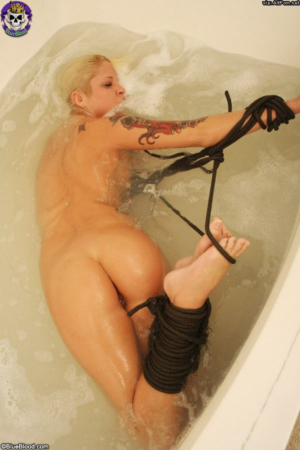 Sunstone reccomend bathtub bondage