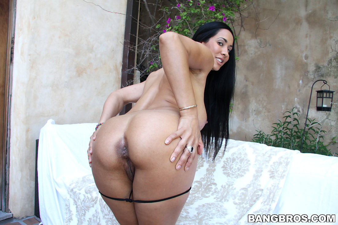 Latinas big tits and butt creampie