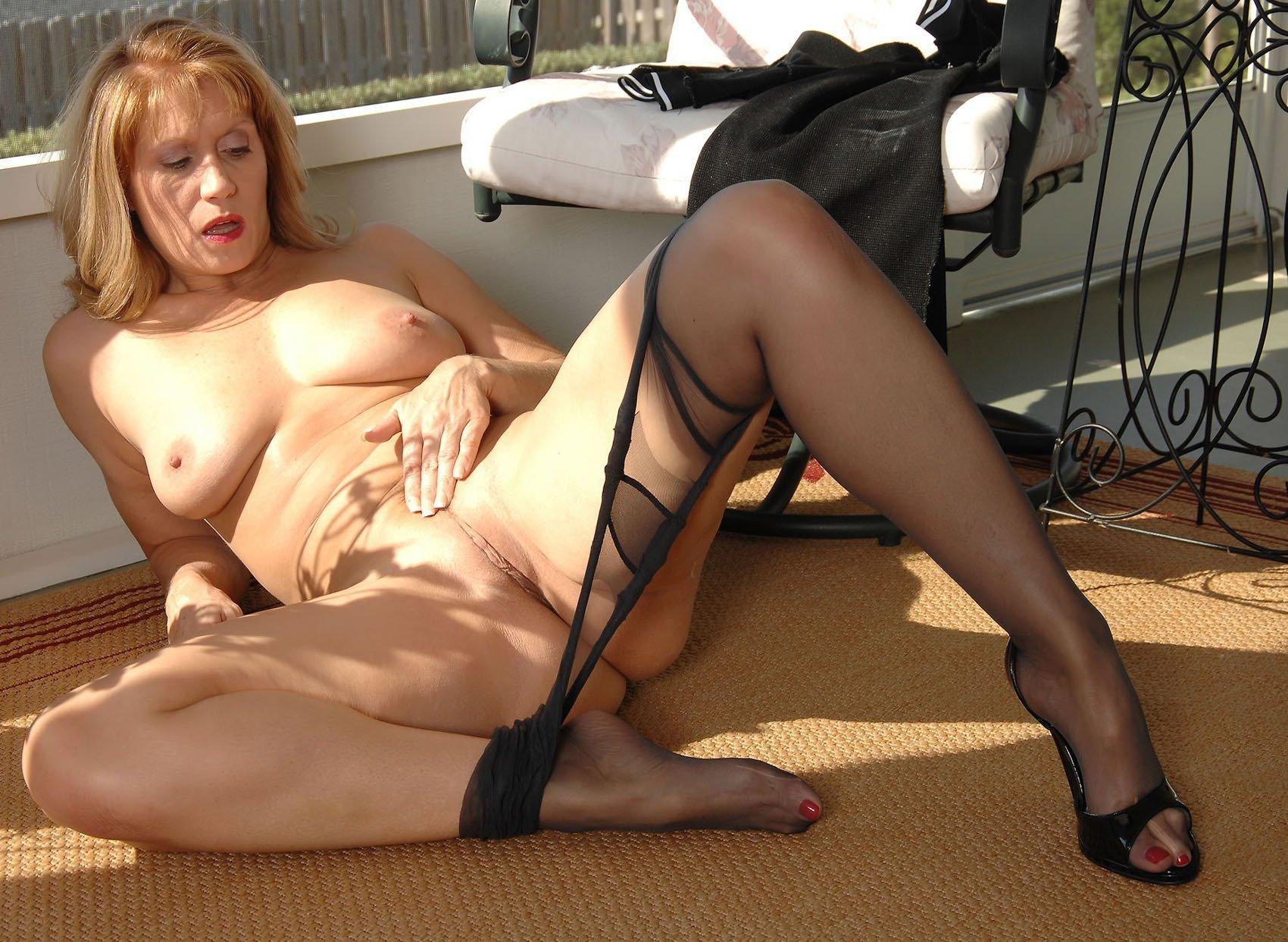 best of Women mature pictures Free and stockings