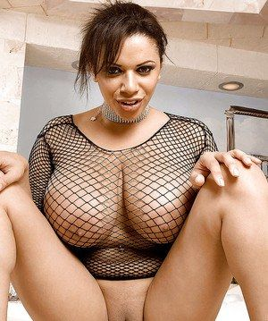 Black shaved pusy girl pics