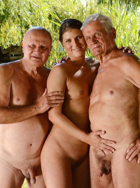 Sunshine reccomend women old old man