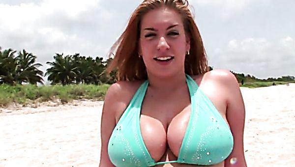 best of Yellow squirt and blowjob bikini penis