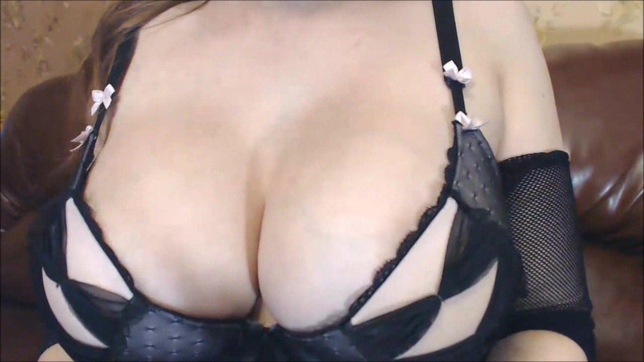 E size tits