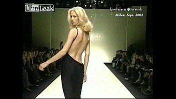 Sugar reccomend bikini fashion show