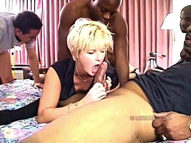 Hotwife cuckold anal cum