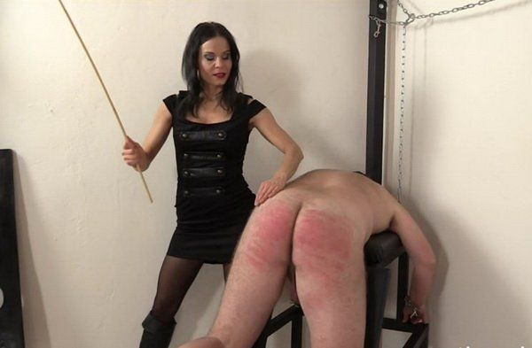 Ruby reccomend spanking slave suck dick outdoor