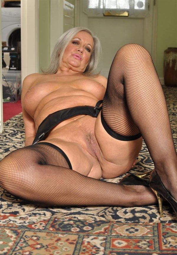 Scratch reccomend xxx sexy old womans