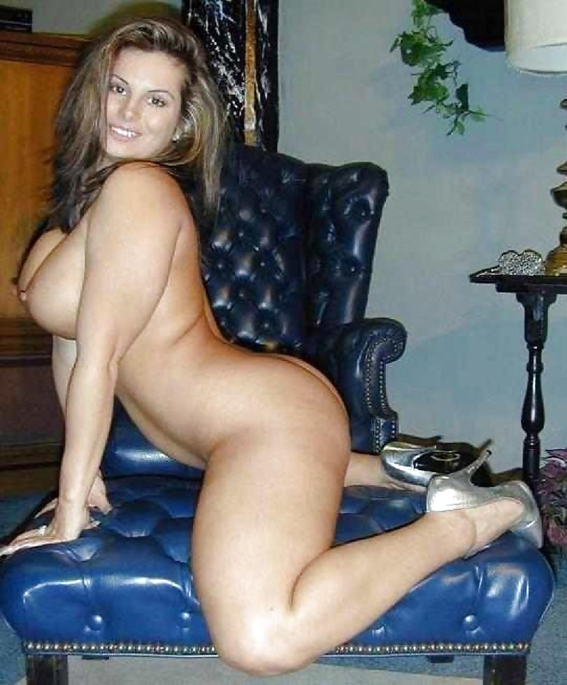 Thick naked sexy women milfs