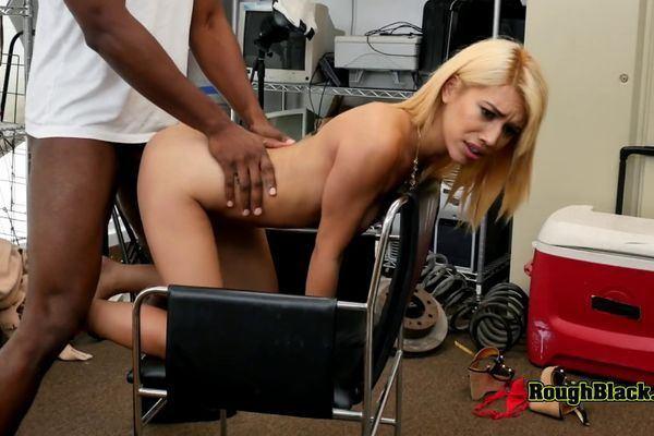Room S. reccomend Latina slut banged