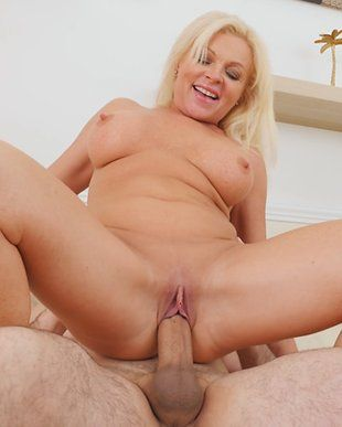 Renegade reccomend Hot sexy old milfs