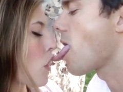 Kissing tongue