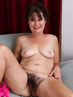 House wife web nudes