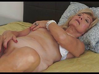 Tin M. reccomend Der modesch pfer porno