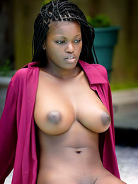 Ebony beauty solo
