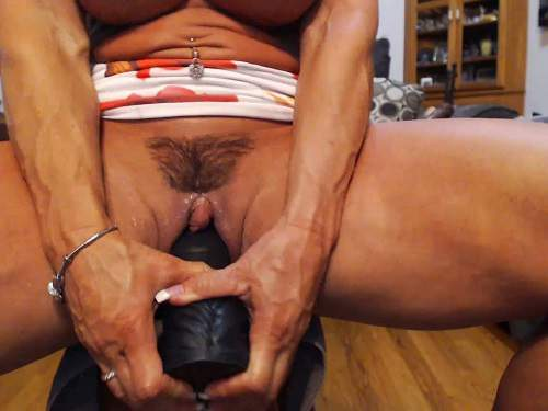 Huge clitoris pussy