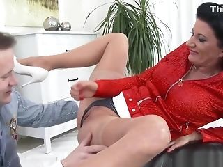 Boss recomended Licking my pussy to amazing multi orgasm with convulsions and squirting.