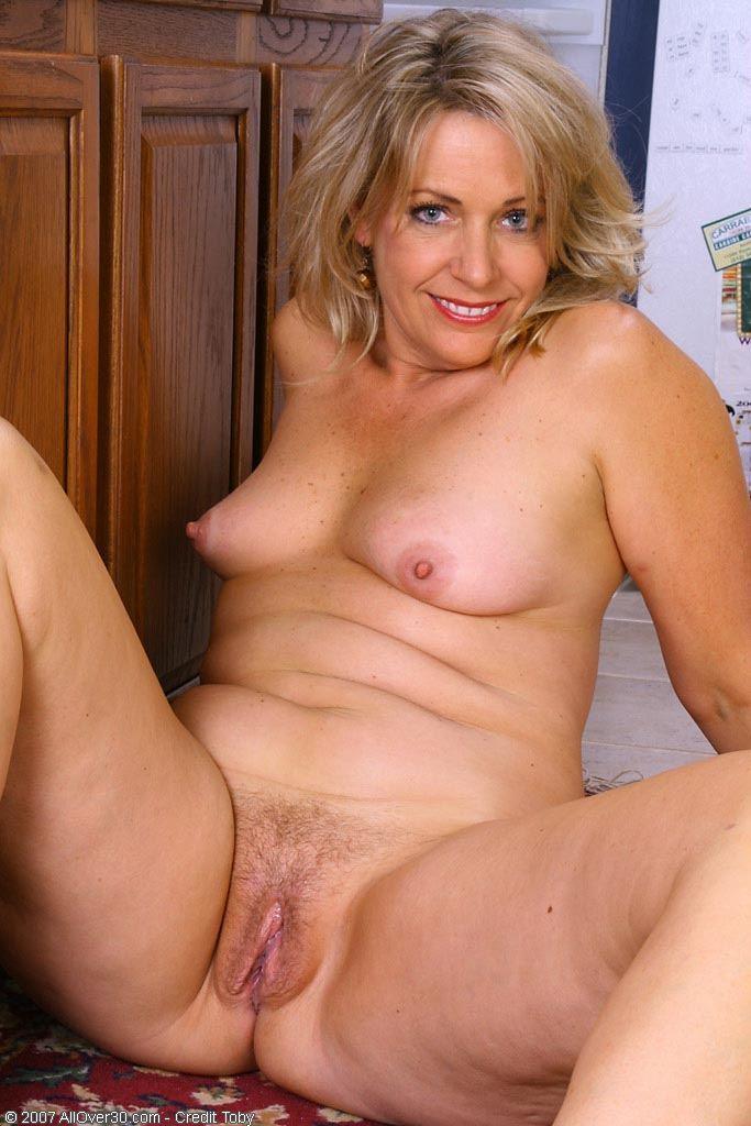 Hot women over 30 milf Mature Women Galleries