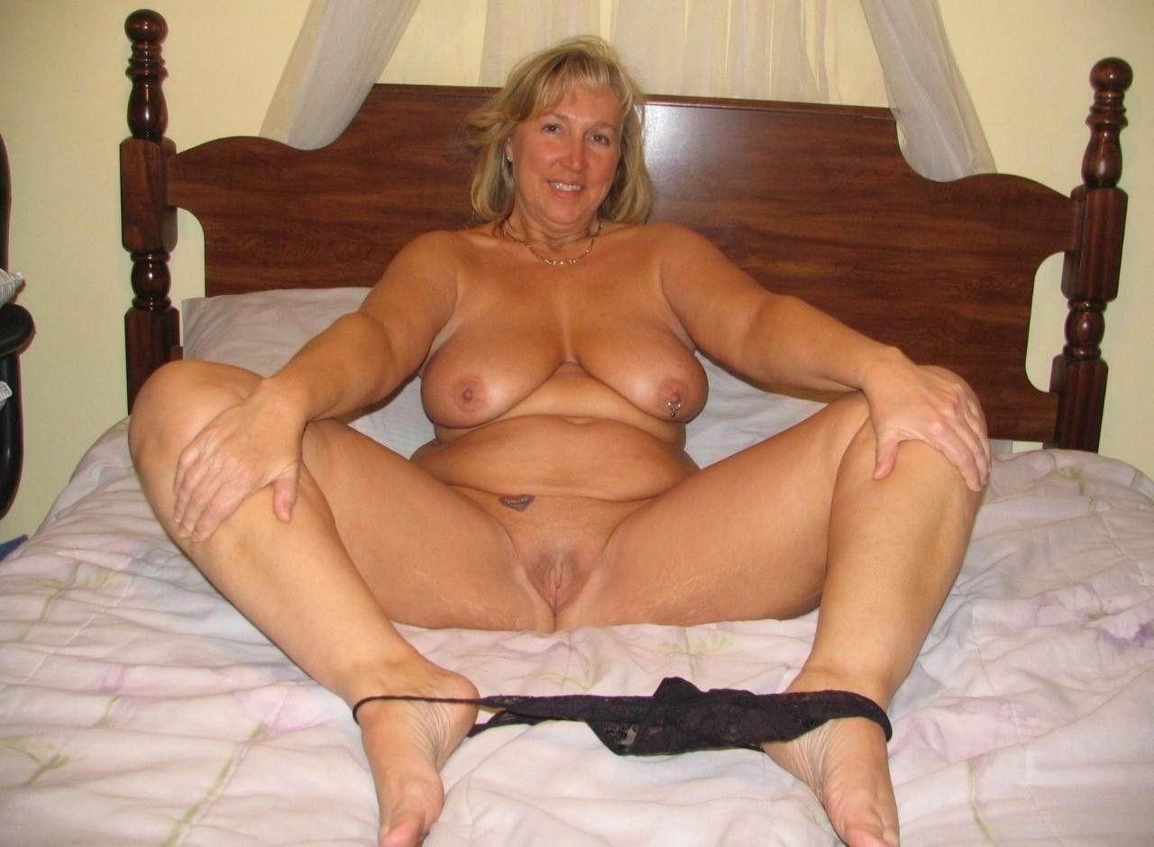 Naked mature self pics