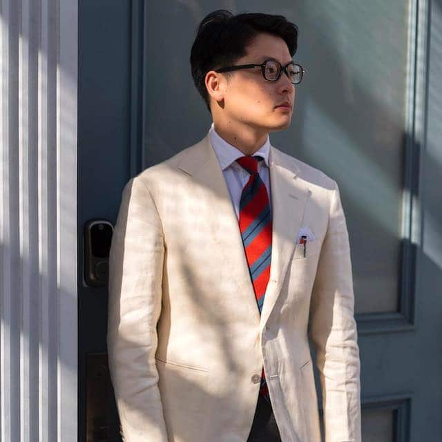 Moonshine reccomend Asian clothing man style suit