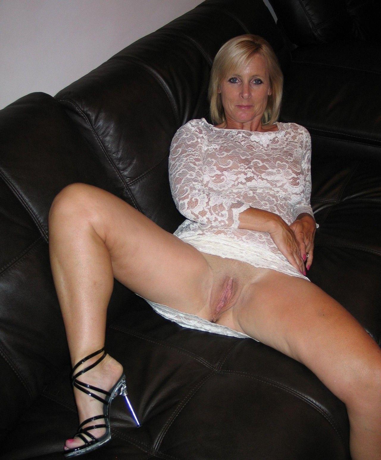best of Blonde milf pussy Nude
