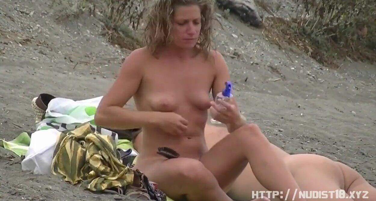 Big Woman and Small man fucking on beach voyeur.