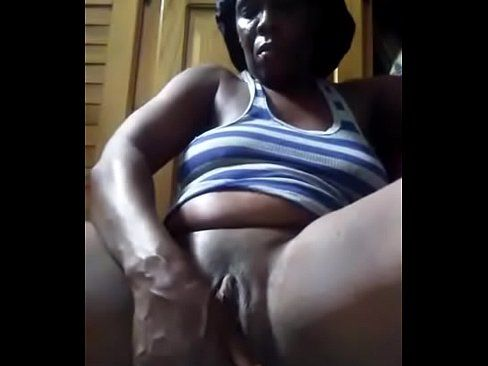 Africa shaved masturbate dick and squirt