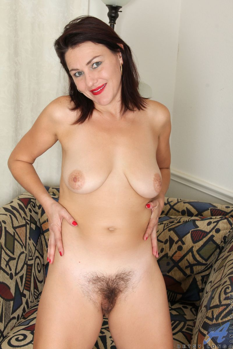best of Spread amateur hairy pussy